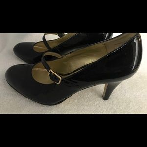 Almost Brand New - Stylish Heels By KELLY & KATIE